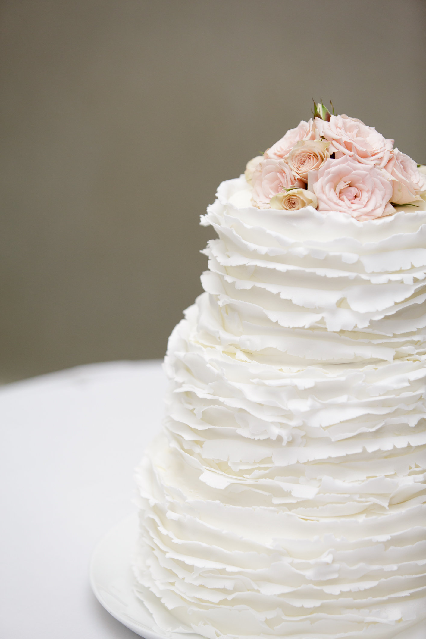 Hilton Sandestin Baker Creates Beach-inspired Destin FL Wedding Cakes