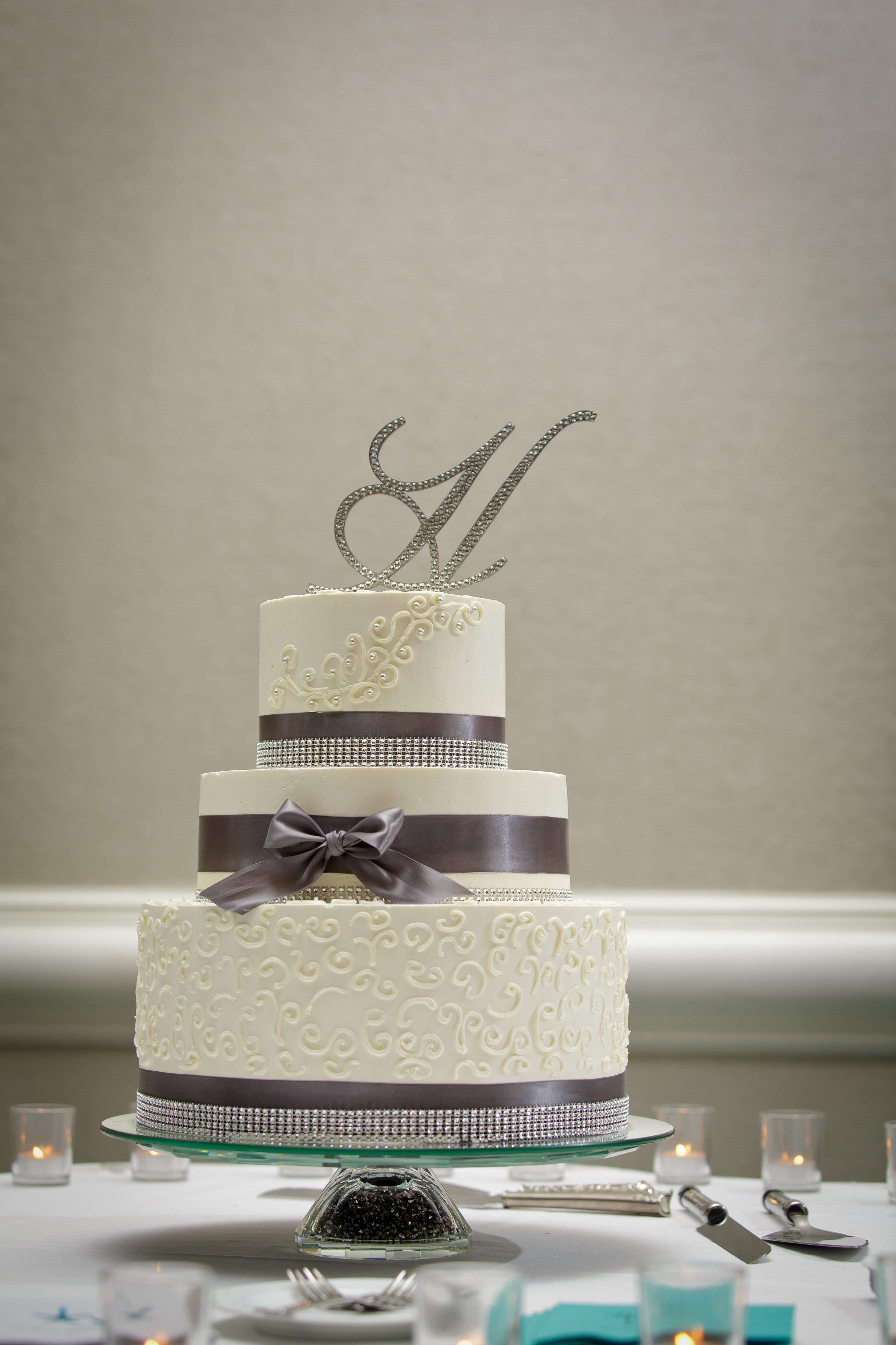 Hilton Sandestin Baker Creates Beach-inspired Destin FL Wedding Cakes