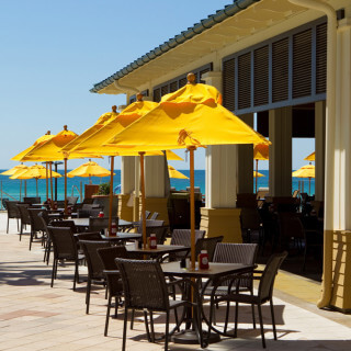 Barefoot's Beachside Grill outdoor seating